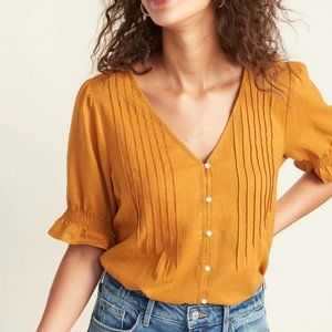 🌿2/$15🌿 Old Navy Pintucked Linen-Blend Blouse